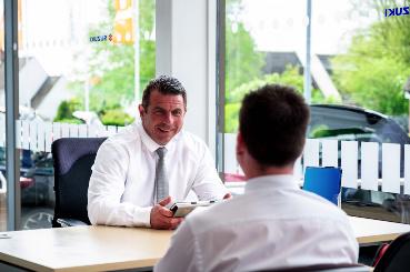 Salesman in dealership - PCP vs HP