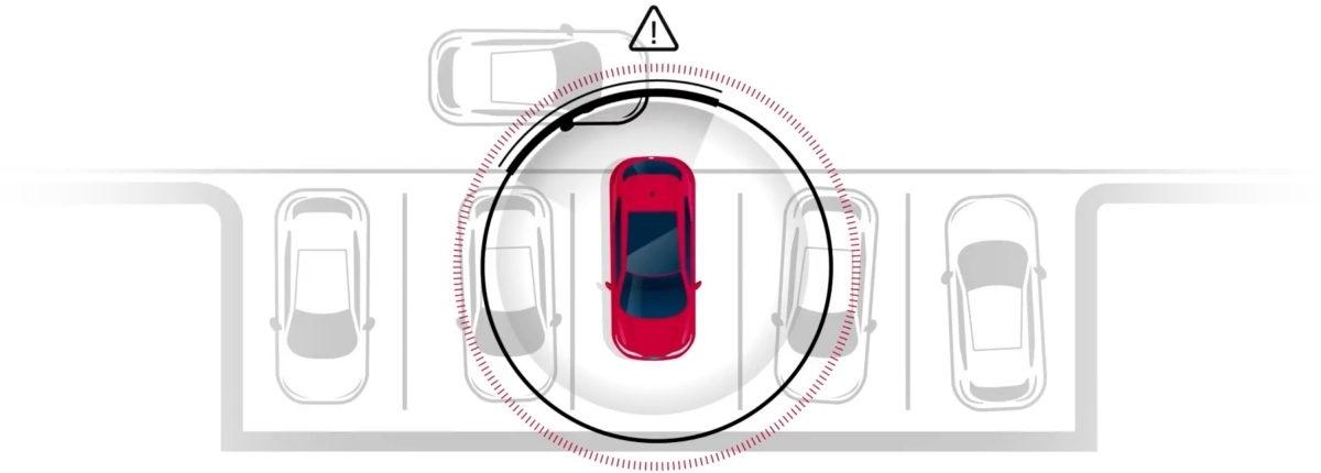 Rear-cross traffic alert in action