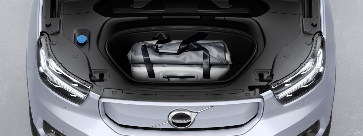Volvo XC40 Recharge 'frunk' front storage capacity under the bonnet