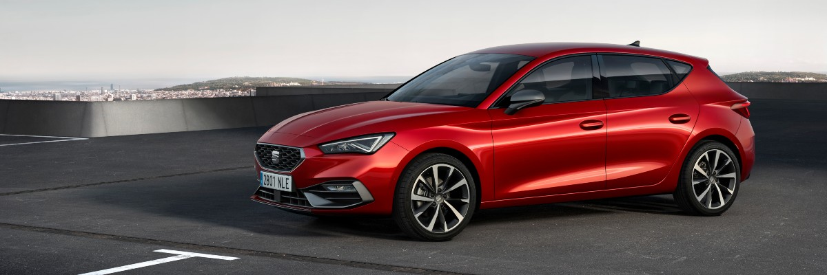 new SEAT Leon front view