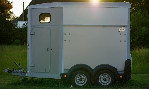 towing a horse trailer