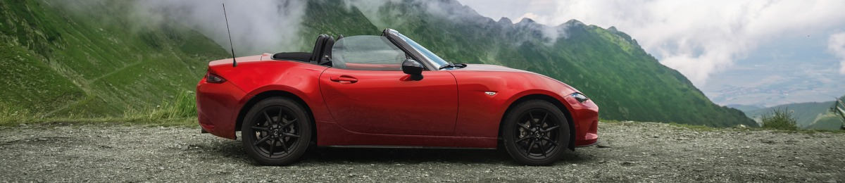 side view of Mazda MX-5