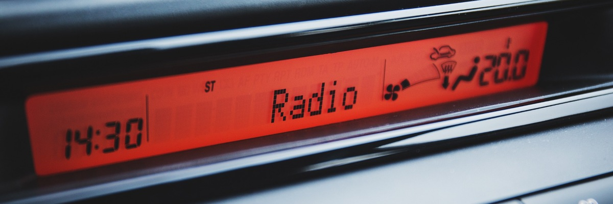 Single DIN car radio