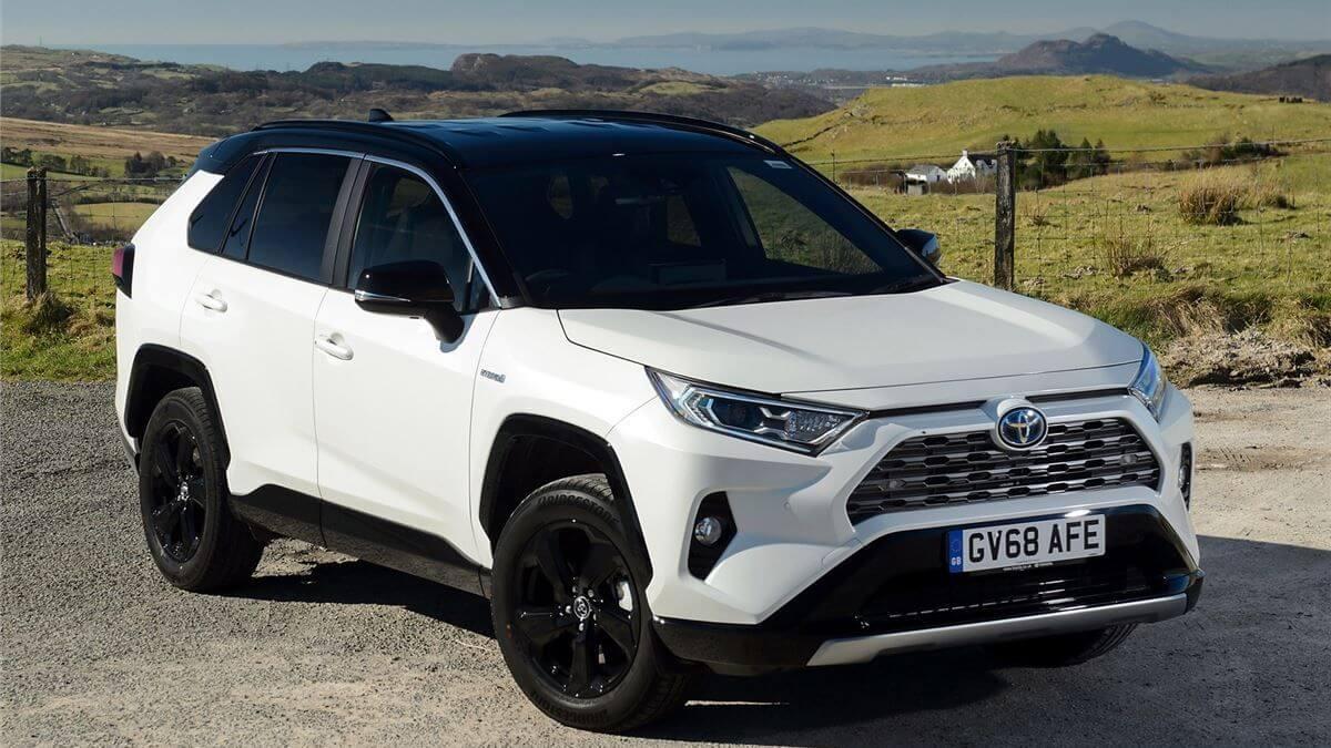 Toyota-RAV4-white-motability