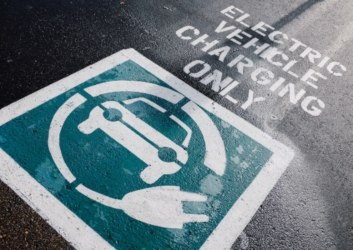 electric vehicle charging parking sign
