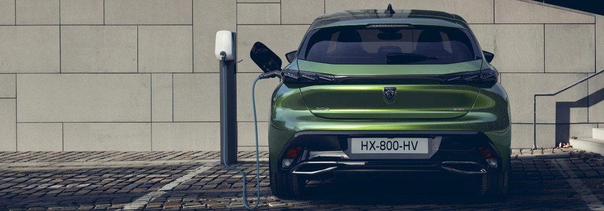 charging Peugeot 308